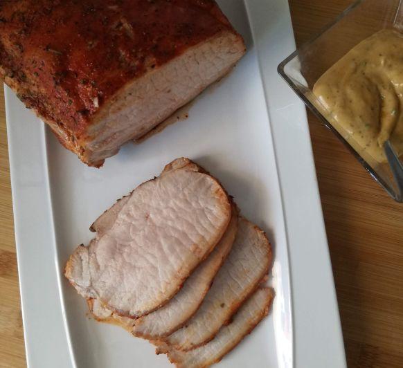 Lomo de cerdo con mayonesa de chimichurri, receta fácil para una cena de verano