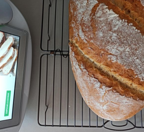 Pan con masa madre hecho en casa con Thermomix®