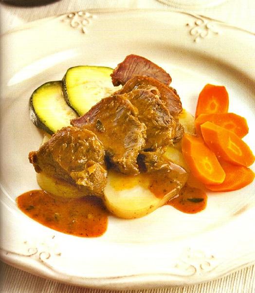 Carrilleras al pimentón con verduras (TM5)
