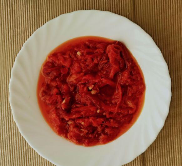 Cocina en el Varoma los pimientos al ajillo con Thermomix®