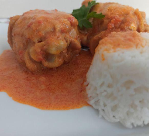 Menú de Pollo en salsa acompañado de arroz en Thermomix®