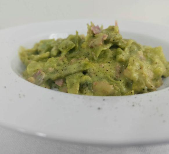 Hoy judías verdes con salsa carbonara hechas en Thermomix®